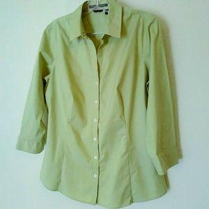 Eddie Bauer button down shirt NWOT